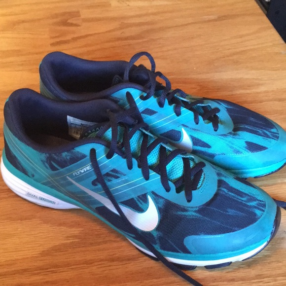 Nike Shoes   Nike Flywire Dual Fusion